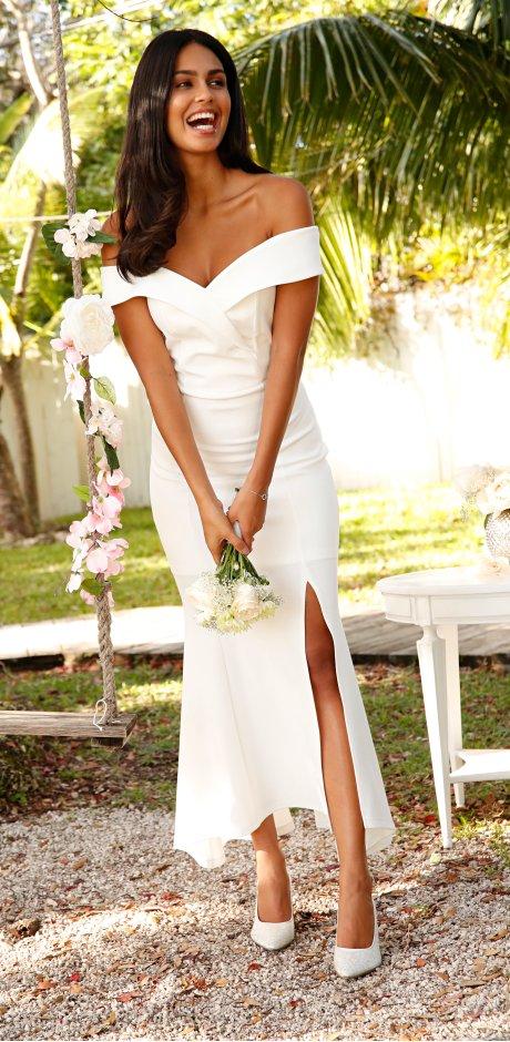 6ca230af802 Femme - Tendances   occasions - Occasions spéciales - Mariage - La mariée